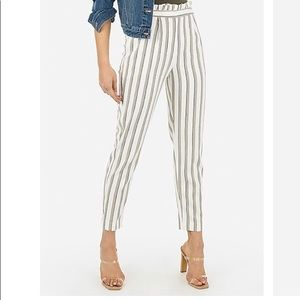NWOT Striped High Waisted Ruffle Top Ankle Pant
